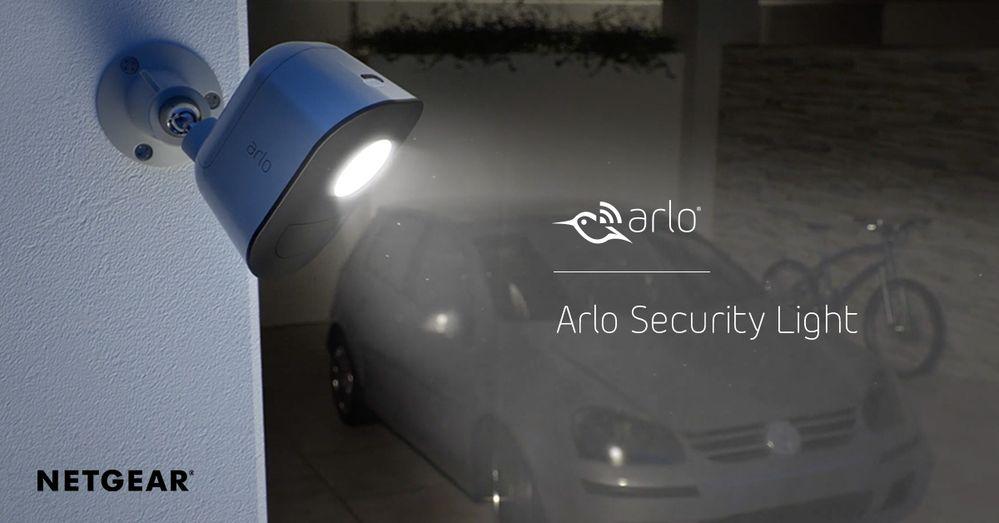 ArloSecurityLightAn.jpg